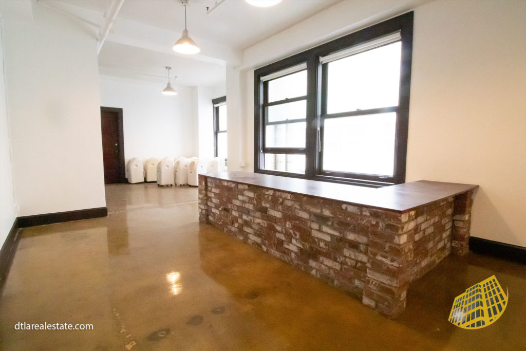 Los Angeles cheap office space for rent DTLA